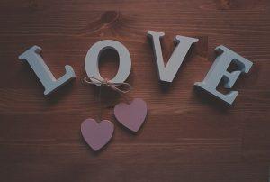 משפטי אהבה נכזבת שמעוררים אהבה
