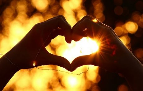 6 ציטוטים משירי אהבה שתמיד כיף לשמוע